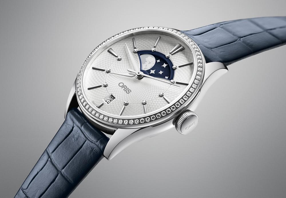 Часовой производитель с гордостью объявляет о выпуске новых женских моделей  Artelier Grande Lune. Это первая коллекция в истории бренда, которая  оснащена ... 1dfb43b8980